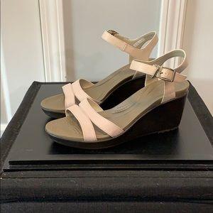 CROCS Leigh wedge sandals